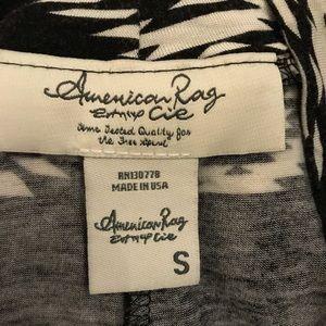 Black & White Southwestern Print Long Skirt